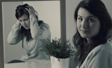 6 hábitos muy comunes de las personas que padecen una depresión escondida