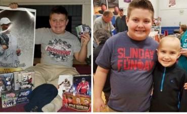 Para ayudar a su amigo con cáncer, este niño vendió su más preciada colección de cartas