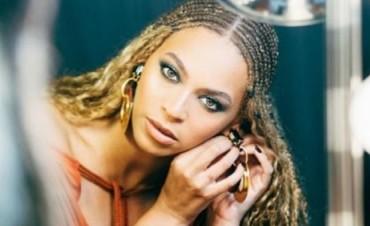 Beyoncé canta en español para los afectados de los desastres naturales en México y El Caribe